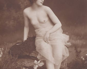 Exquisite Solitary Bather, Image 3, Vintage German Postcard by NPG, circa 1910