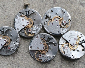 Vintage watch movements -- set of 5 -- D5