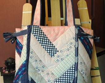 Quilted tote bag arrows, flowers, circles, pink, blue