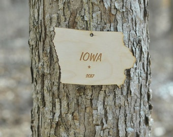 Natural Wood Iowa State Ornament WITH 2017