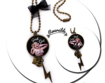 Pin up Good Girl Gone Bad - Reversible Round Pad Rétro Necklace