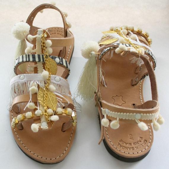 Pom pom Sandals/Womens gladiator/Gladiator sandals. Sandales grecques sandales cuir sandales femme blanches
