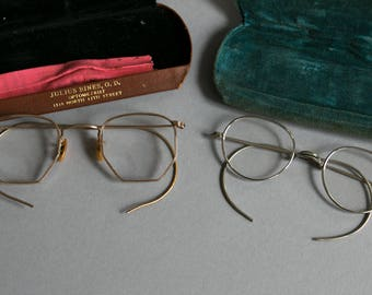 Lot of Two Antique Early 20th Century Wire Rimmed Eyeglasses / 1920's / 1930's / Ful Vue & Silvaline Stamped / With Original Velvet Cases