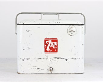 Vintage 7Up Metal Cooler, Vintage Soda Cooler, Vintage Cooler, Old 7Up Cooler, Metal Cooler, Old Cooler, Vintage Ice Chest, White 7Up Cooler