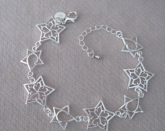 "Alternating Contemporary Silver Star High Polish 7"" Bracelet"