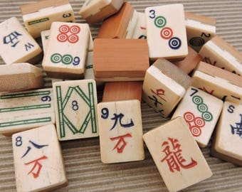 Lot of 24 Vintage 1940's era Bone & Bamboo Mahjong Tiles - Great for Crafts, Supplies, Altered Art