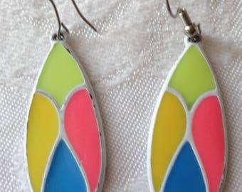 Vintage mod pop art stained glass look drop earrings