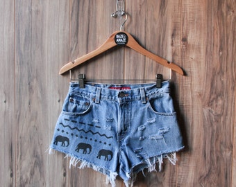 Levi's high waist vintage denim shorts Size 4 | Ripped distressed shorts | Elephant aztec tribal denim | Bohemian hipster festival shorts |