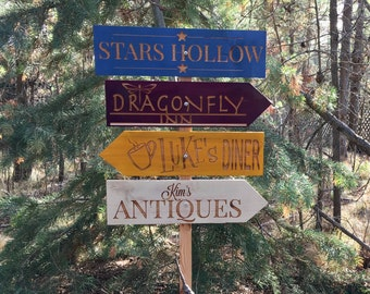 Stars Hollow Directional Signs - Gilmore Girls Lukes Diner Dragonfly Inn Kim's Antiques Rory Lorelai - Yard Garden Signs Cedar Wood Decor