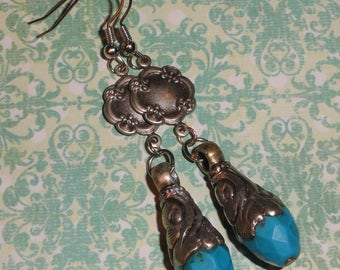 Silver Tone Repousse Simulated Turquoise Dangle Pierced Hook Earrings