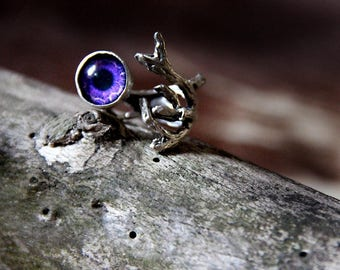 Ring with purpleglass eye fantasy/goth/gothic/pagan/witch/metal
