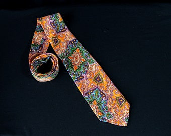 Famous Barr Necktie, Mod, Paisley, Novelty Print, NOS, Psychedelic 60s