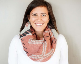 SALE // Pink, Grey, and White Aztec Tribal Print Cozy Blanket Scarf