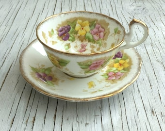 Vintage Fine English Bone China tea cup and saucer. Royal Standard Charmaine. Tea cup and saucer for one to four. Circa 1930s.