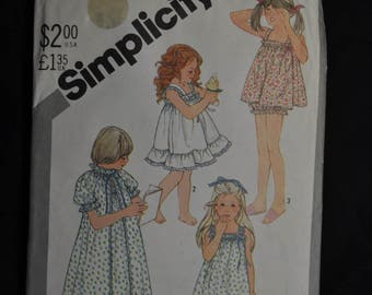 1980's Adorable Little Girls Summer Nightgown and Robe - Size 3 - Simplicity 5562