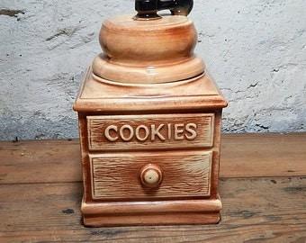 McCoy  Cookie Jar,  Drawer Grinder,  Handle Black,  Kitchen  Storage McCoy USA Vintage Cookie Jar.