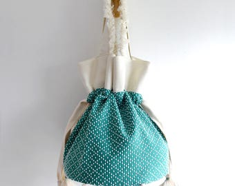 Betty G. Bucket. Simple top handle bag. Everyday shopping bag. Style151GD. Ready to ship