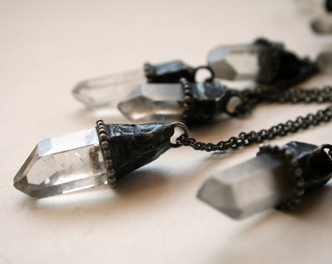Small Clear Quartz Crystal Necklace // Petite White Quartz Crystal Point Minimal Layering Necklace