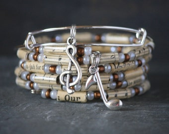 Music bracelet set, music jewelry, Vintage hymnal, recycled hymnal, faith bracelet, Christian bracelet, Christian jewelry, music note charm