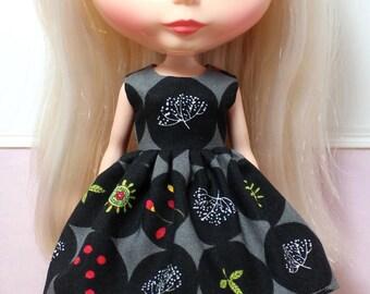 SALE..BLYTHE doll Its my party dress - dark botanical