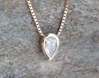 Pear Diamond Necklace, Solitaire Diamond Necklace, Round Diamond Necklace, Princess Diamond Necklace, Gold Diamond Necklace, Minimalvs