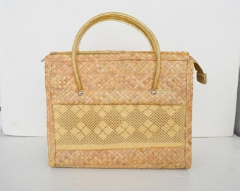 straw bag summer bag, vintage straw bag, vintage wicker ,
