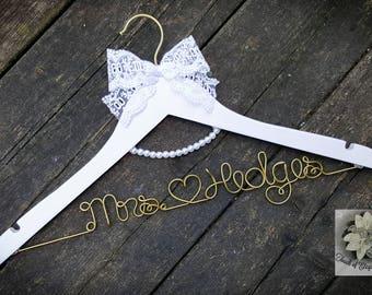 BRIDE Wire Name Hanger - White Lace Wedding Dress Hanger - Pearl Hanger - Lace Wedding Dress - Custom name - Unique Design Hanger - OOAK