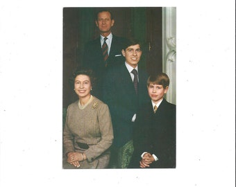 1970s Vintage Color Photo Postcard of the Royal Family, Queen, Duke, Princes Edward, & Andrew, Unposted, Vintage Postcard, British Royalty