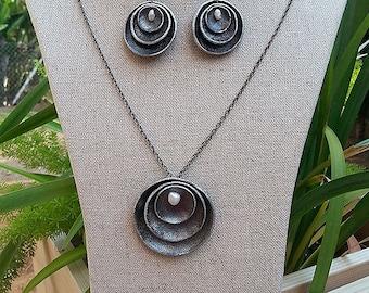 Silver Leather Circular  Earrings & Pendant