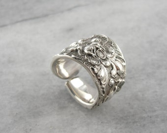 Heavy Floral Vintage Spoon Ring Crafted of Sterling Silver MWR92P-P