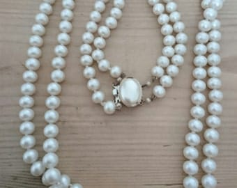 Vintage double strand glass Pearl necklace