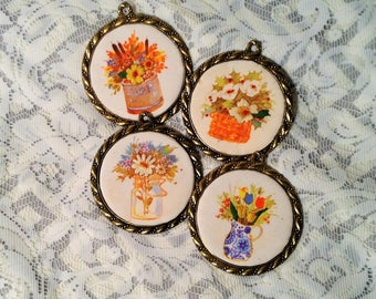 Set of 4 Miniature Fabric Floral Pictures or Ornaments - Creative Circle - Crafty Flower Ornaments