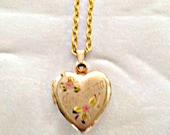 Antique Grandma Locket Necklace Gold Filled Heart Engraved Flower Pattern Women Accessories teen jewelry gift ideas