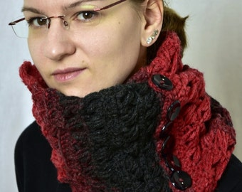 Infinity scarf 'Volkan' / Red black loop scarf with buttons / Unique pieces