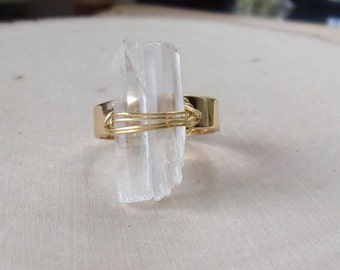 Crystal Quartz Ring, Adjustable Ring, Raw Crystal Ring, Wire Wrapped Ring, Quartz Jewelry, Raw Crystal Quartz Ring, Gold Ring, Adjustable