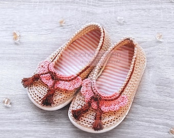 Crochet pattern - toddlers outdoor shoes,all kids sizes,moccasins,ballerina shoes,crochet shoes with soles,street footwear,rubber soles,girl