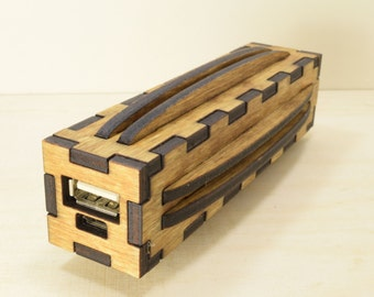 USB Power Bank - External Battery - Portable Charger - Wooden Style