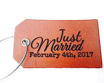 Just Married Luggage Tag, New Wife Husband Gift, Baggage, Wedding Favor Gift, Genuine Leather, New Couple Gift, Travel, Wedding Decoration