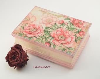 Scent of Peony flowers box, jewelry box, Wooden jewelry box, decoupage box, shabby chic box, art box, floral box, flower box, light pink box
