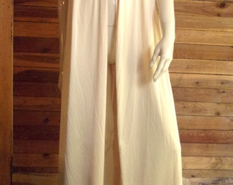 Vintage Lingerie 1970s HENSON KICKERNICK Light Brown Size Large Peignoir or Robe