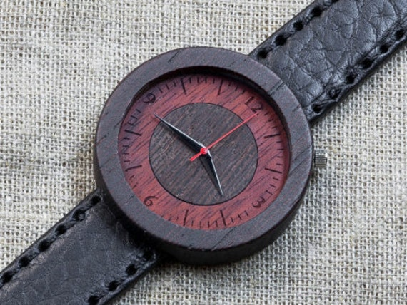"""Wood watch """"CapeTown"""", Wenge Majestic Watch, Black  Genuine Leather strap + Any Engraving / Gift Box. Christmas   gift"""
