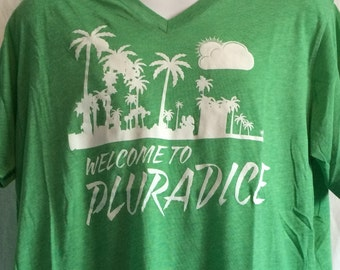 Welcome To Pluradice V Neck T Shirt Green