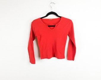 Minimal Red V-Neck Top