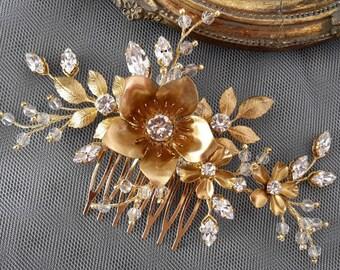 Flower Wedding gold Comb Bridal Gold  comb Swarovski crystal comb Crystal gold comb Veil comb Crystal  comb Bridal crystal comb  Floral comb