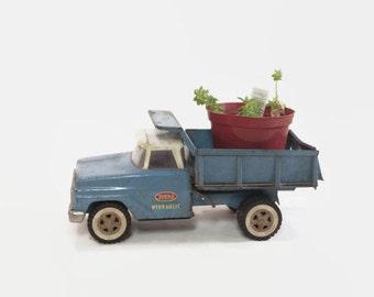 Tonka Hydraulic Blue Dump Truck Vintage Garden Decor