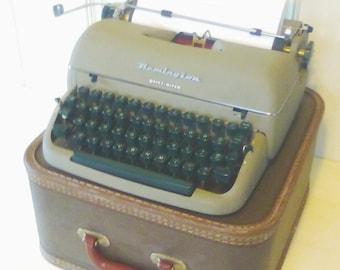 Remington Rand Quiet- Riter Typewriter Vintage with Case Working-Condition Wedding-Prop Portable-Typewriter Home-Office-Decor