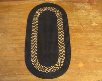 Braided oval  rug - Black with a Black and tan Band - machine washable - free shipping