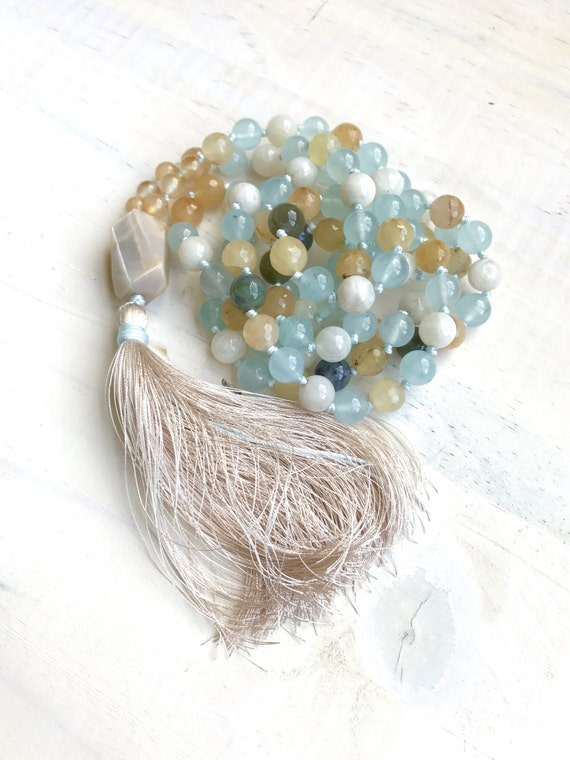 Mala For Fertility, Moonstone Mala Beads, Mala For Women, Sacral Chakra Mala, Natural Healing  Mala, Yoga Meditation Mala, 108 Bead Mala