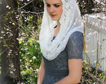 Evintage Veils~ Our Lady of the Lily  Cream White Embroidered  Lace Chapel Veil Mantilla Infinity or D Shape Latin Mass