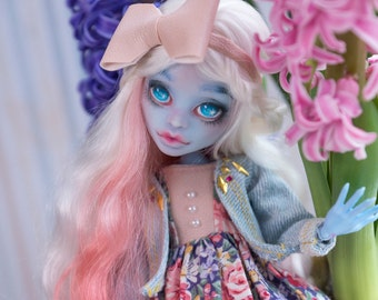 Abbey Bominable OOAK custom Monster High doll repaint by WillStore